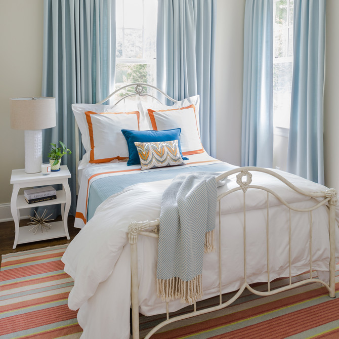 Oyster Bay Cove guest room