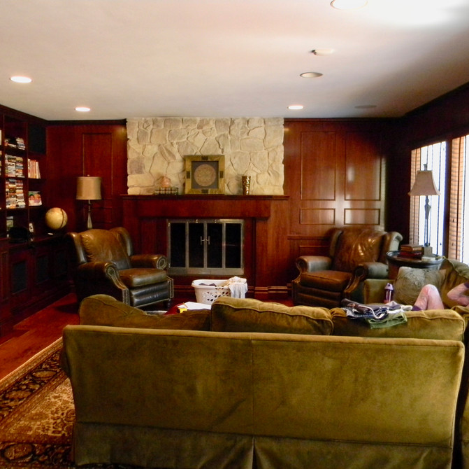 Syosset traditional family room