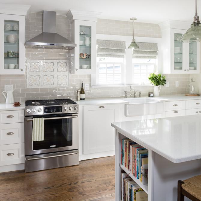Syosset farmhouse kitchen