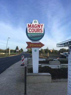Totem fifties - Magny-Cours
