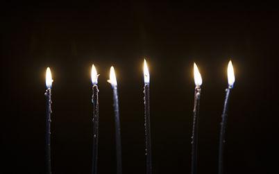 candles-6027739_1920.jpg
