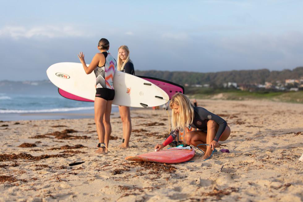 Women Surf Retreat Caves Beach Newcastle