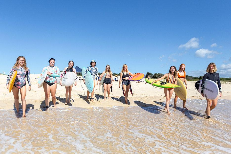 Women Surf Club.jpg