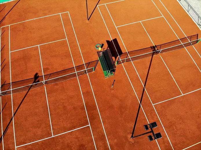 Tenis%20imagen%2000_edited.jpg