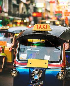 tuk-tuk-bangkok-thailand_53876-33840.jpg