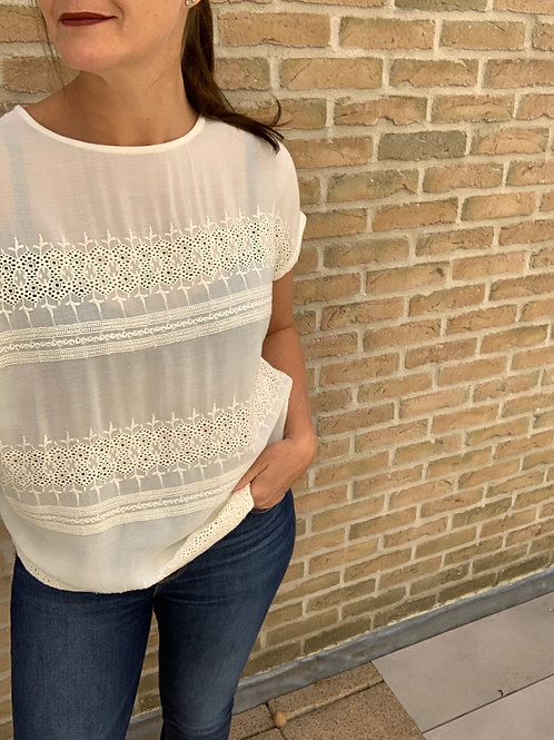 Bloesje broderie anglaise Object