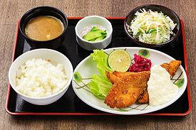 通浜獲れの魚フライ定食 750円.jpg
