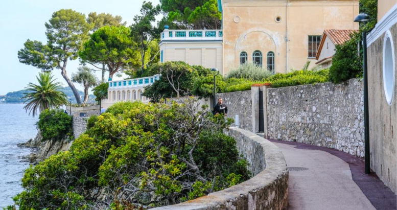 Season 1 - Episode 1 Hidden Riviera: Francophile journeys on the        Côte d'Azur
