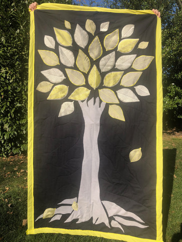 Yellow/Silver Tree Quilt
