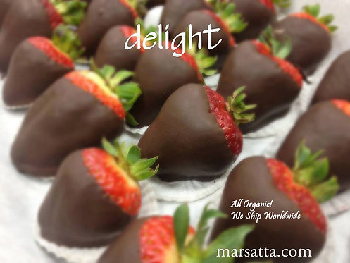 1 Dozen Organic Chocolate Dipped Strawberries