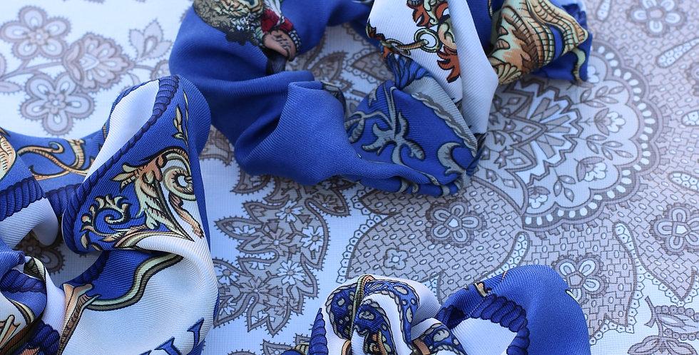 Hårstrikk av vintage silkeskjerf