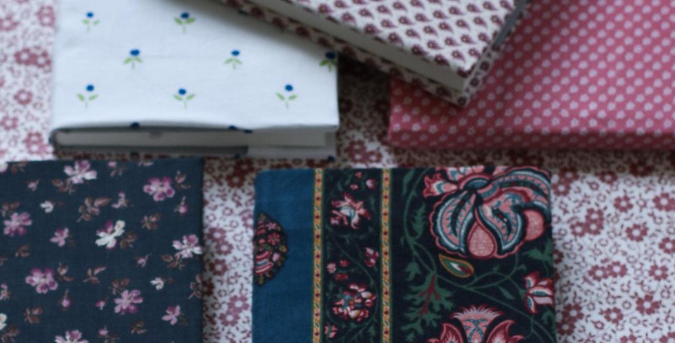 Tekstil-cover notisblokk med stort mønster
