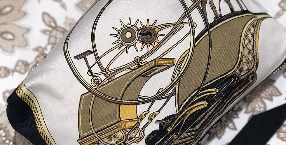 Clutch re-designet av vintage silkeskjerf Nr 80