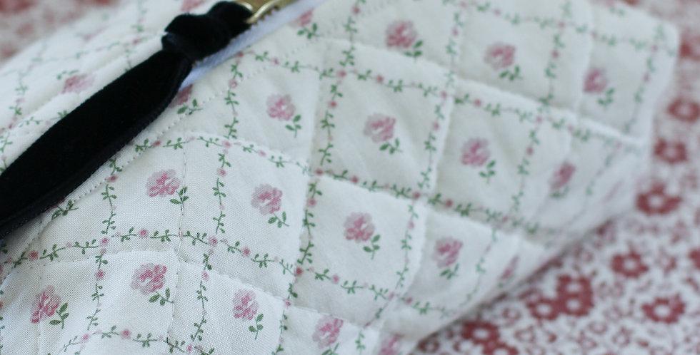 Make-up pung av vintage Laura Ashley tekstil