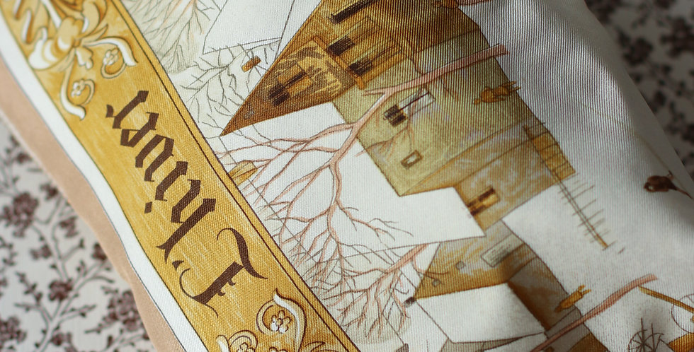 Clutch nr 93 re-designet av vintage silkeskjerf