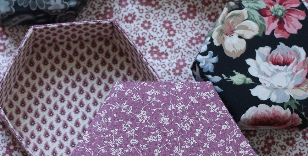 Pedari boks hexagon i Laura Ashley tekstil