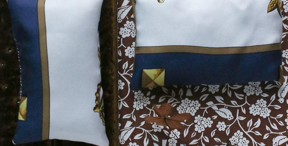 Lavendelposer av Hermès silke skjerf