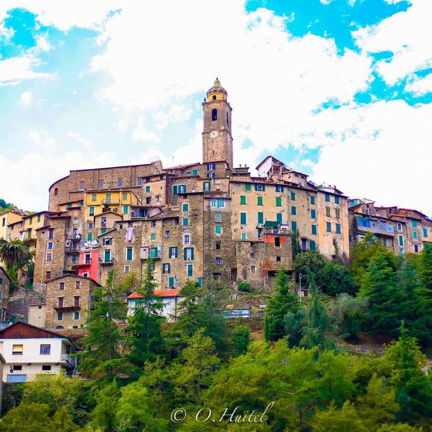 Castel Vittorio.