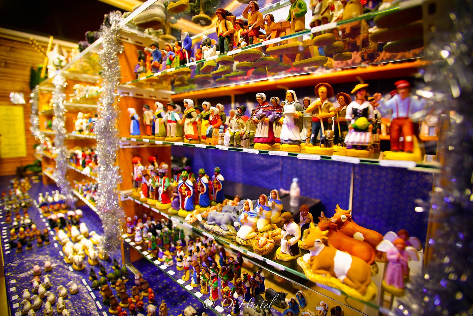 Santons de Provence au marche Noël.