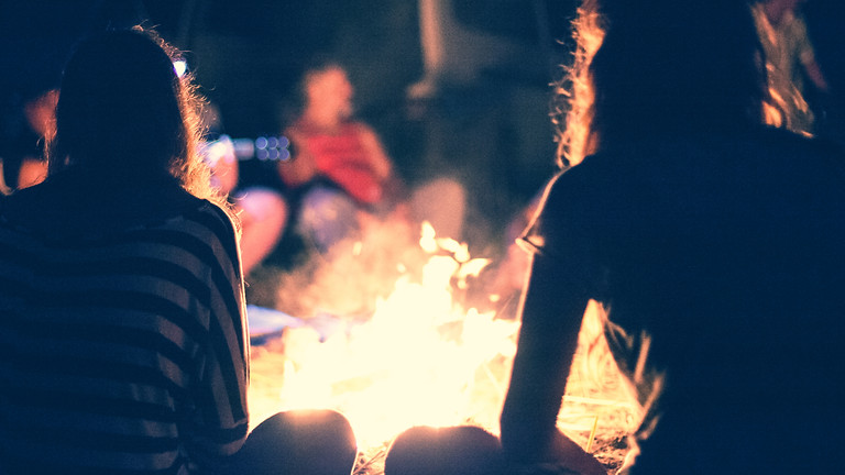 Kampvuur-avond