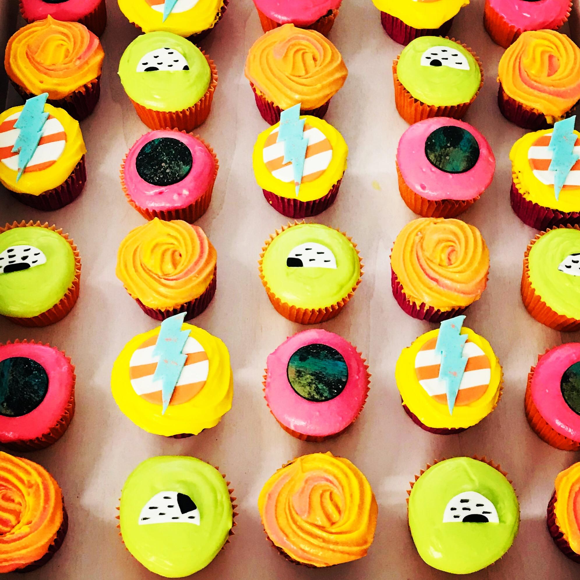 80s neon corporate cupcakes