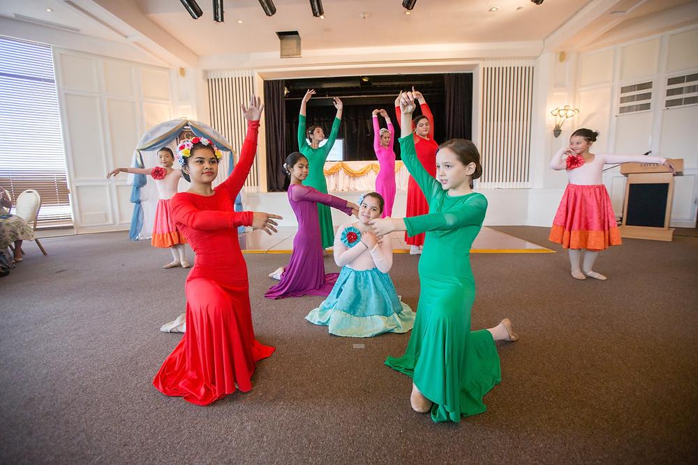 Grace Academy Ballet Dancers
