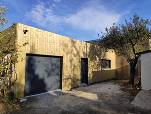 Maison Dusx : extension bois + rénovation