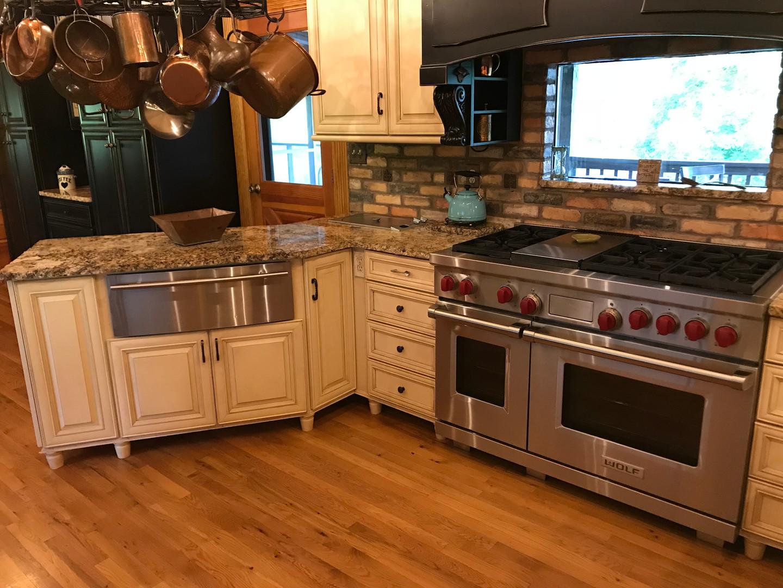 Lodge kitchen stove