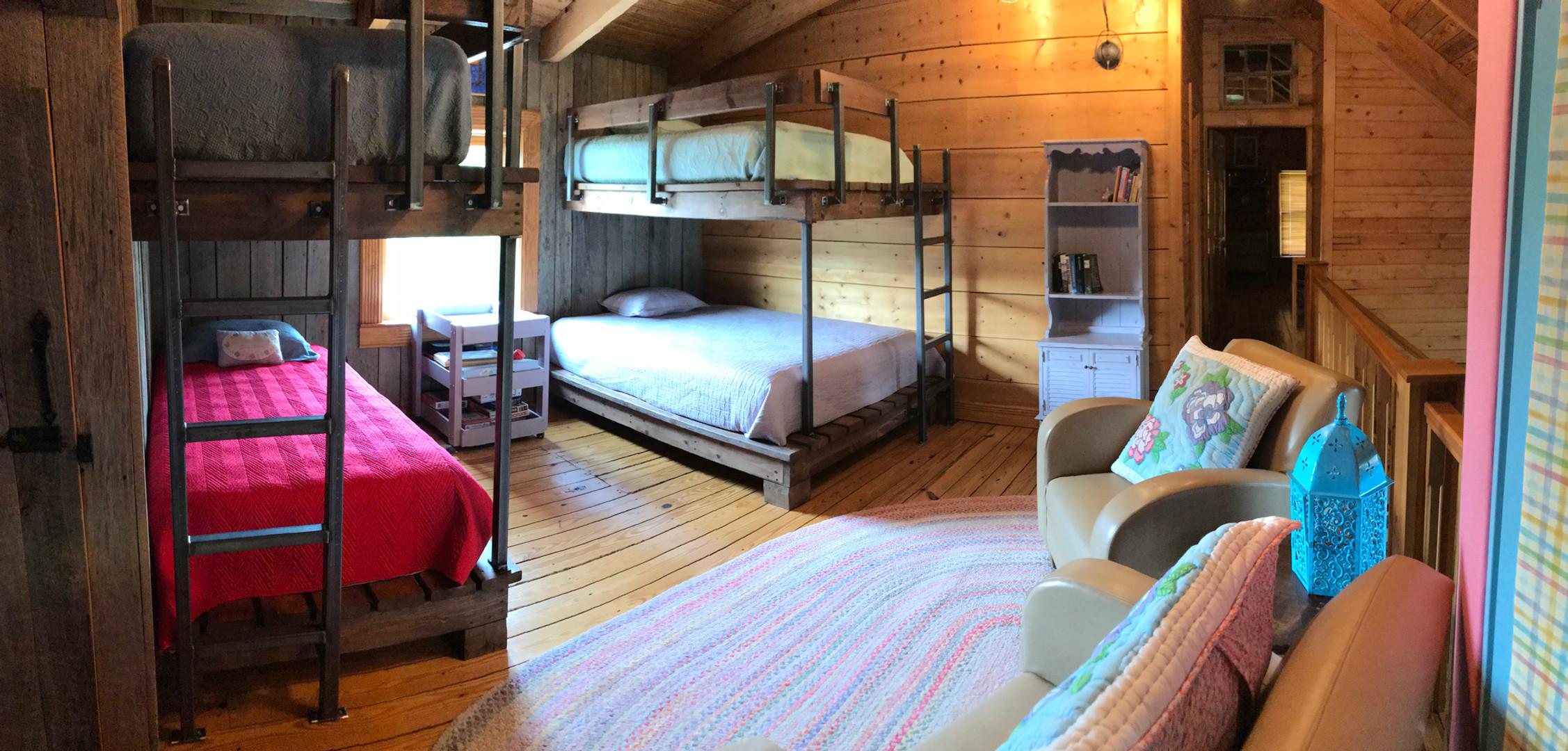 Lodge bunk