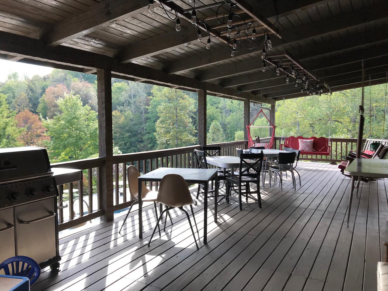 Lodge back porch