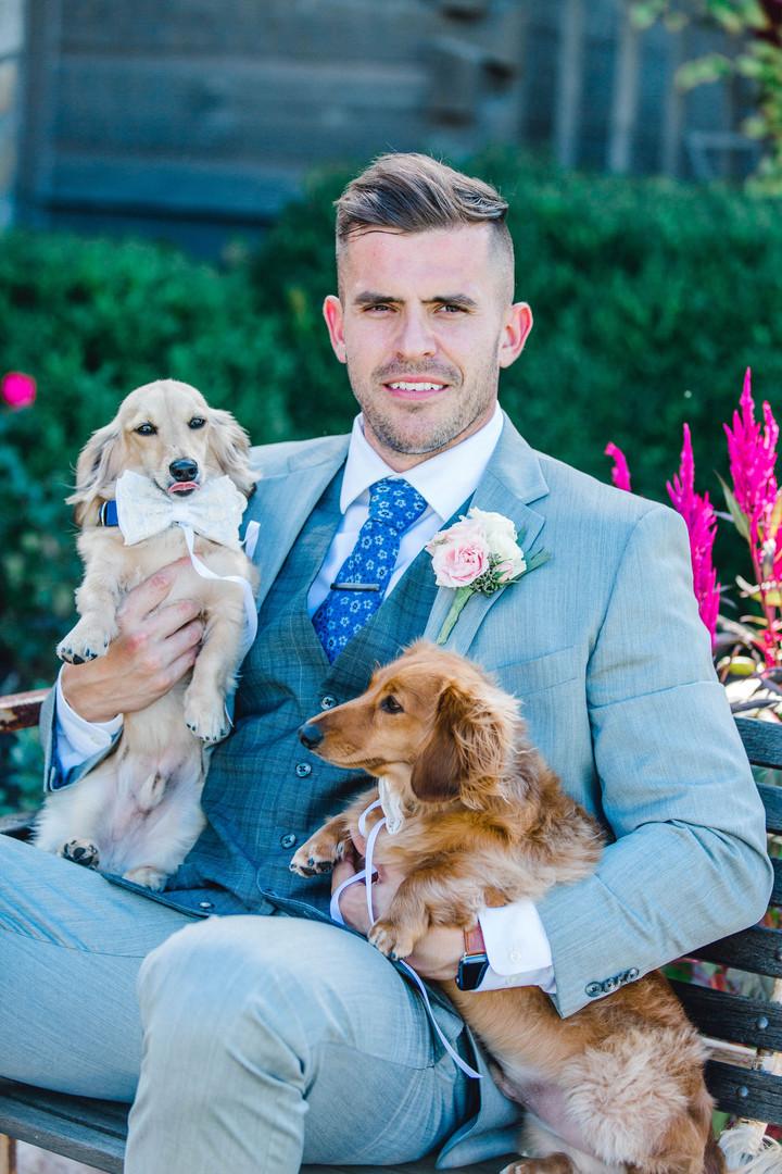 Groom & Best Pups