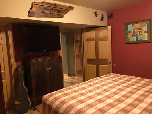 Lodge bull room