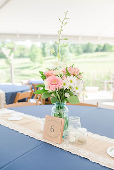 centerpiece flowers.jpg