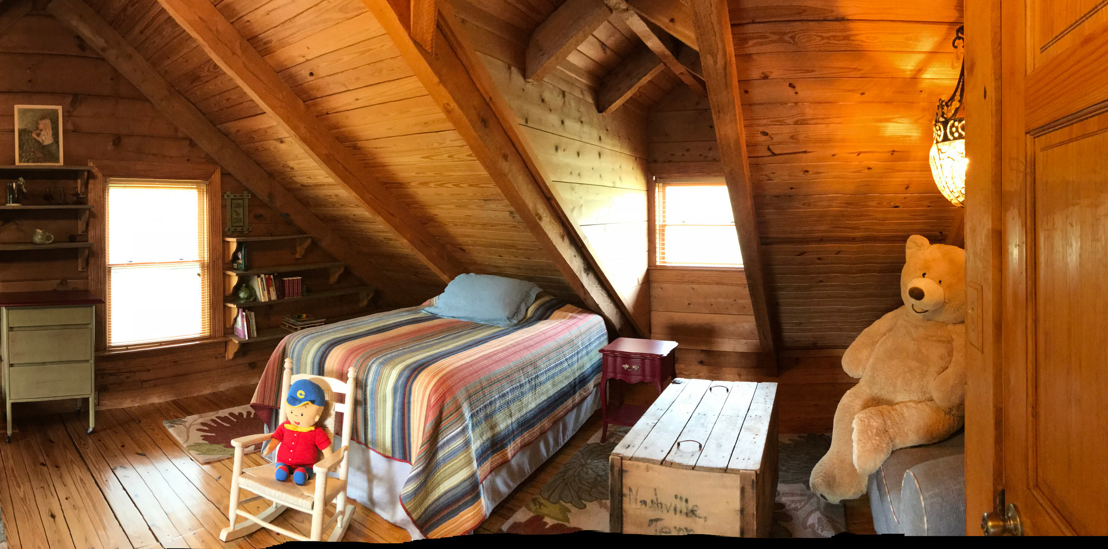 Lodge family bedroom