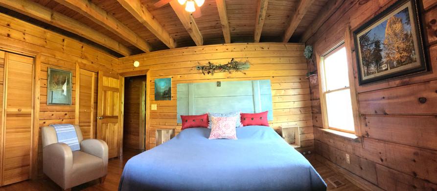 Lodge bedroom oar