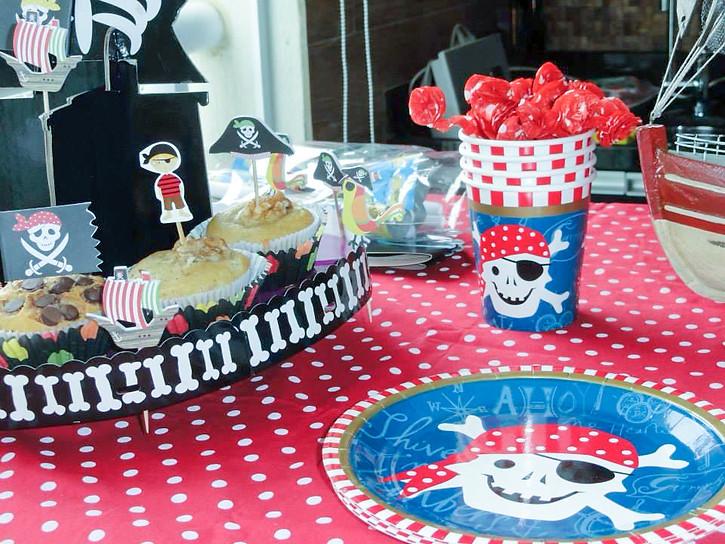 cumple pirata mimos y monas