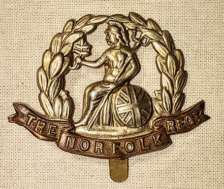 Original WW2 Norfolk Regiment cap badge