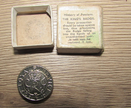 WW2 Kings Badge (Wound Badge) Boxed