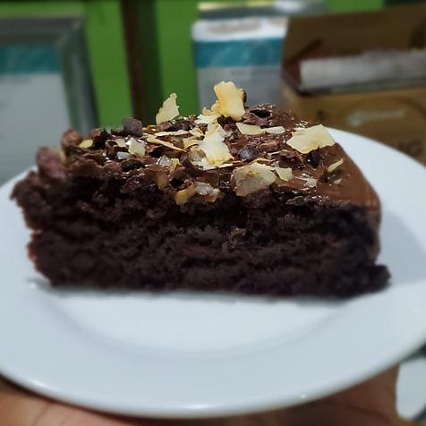 chocolate cake.png