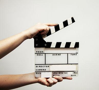 video-production-4223885_1920_edited.jpg