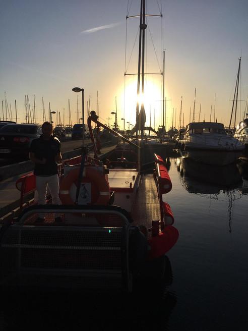 Barge en soirée.jpg