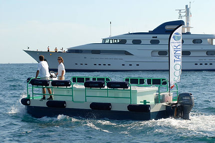 barge bleu.jpg
