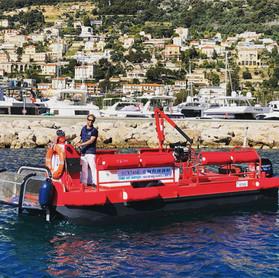 Barge multi-services.jpg