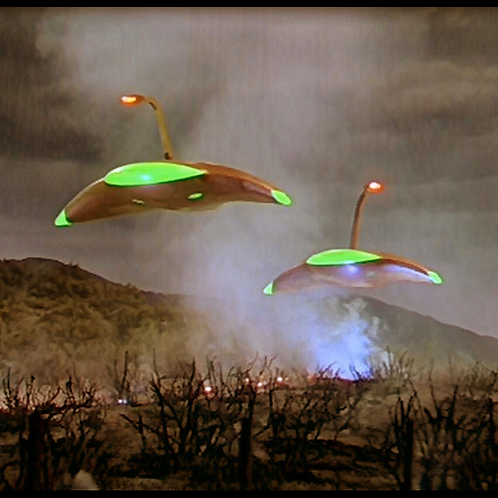 Martian Spacecraft - Invasion of Earth - War of the Worlds, UFO War Machine