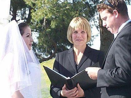 resort, park, wedding, vintage, minister, officiant, celebrant, wedding, romantic, commitment