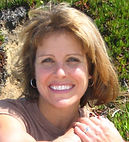 Ren Daversa is a mobile notary public in San Diego.