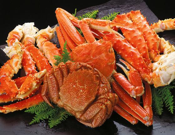 3 crabs