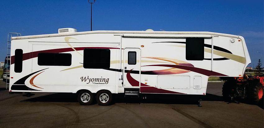 2008 Wyoming 5th wheel 7212.jpg