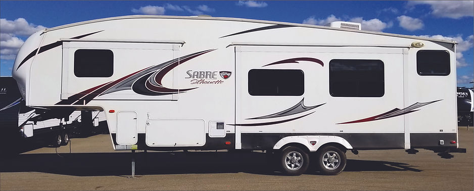 2013 Sabre 5th wheel 60.jpg