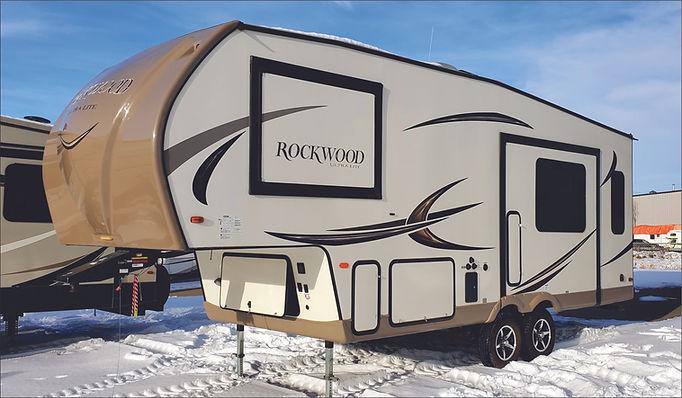 2016 Rockwood UltraLite 5th wheel 6000.j